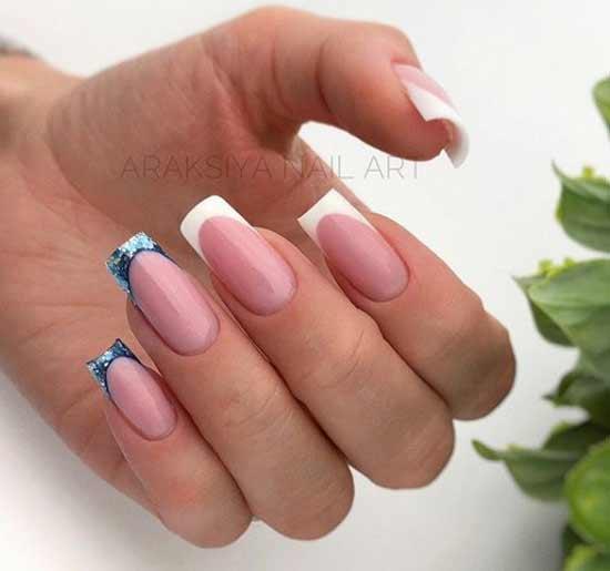 Цветной френч на двух пальцах