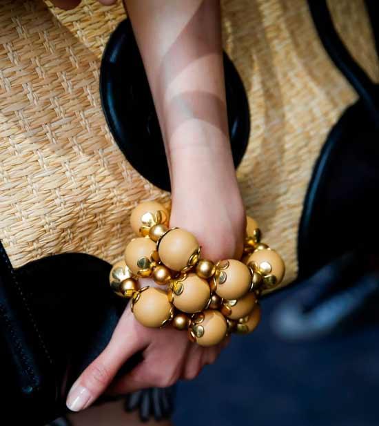 Массивные браслеты мода 2020