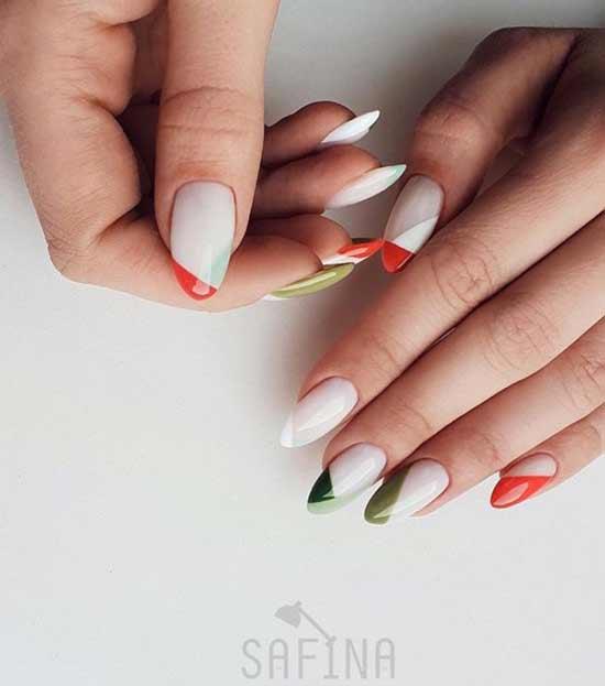 Ногти с цветными кончиками