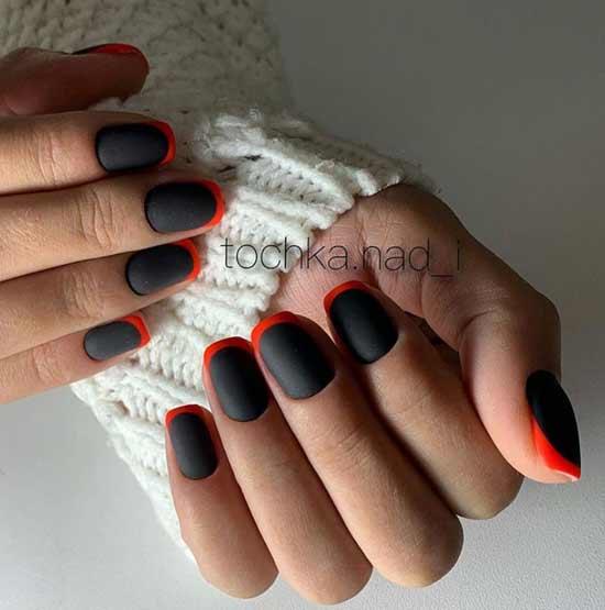 Черный фон ногтей и красная улыбка