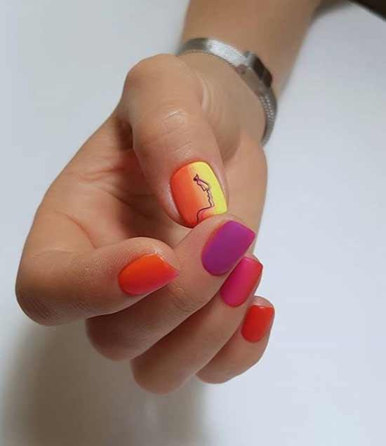 Стемпинг дизайн коротких ногтей