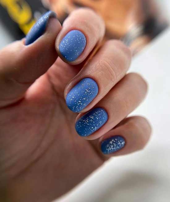 Голубой маникюр короткие ногти