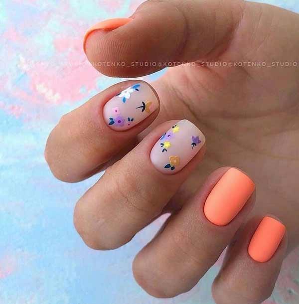Маникюр с цветочками короткие ногти