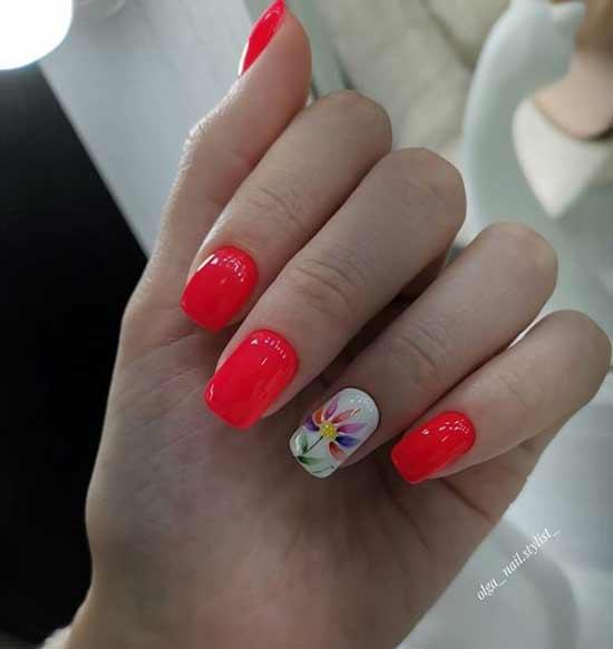 Цветочек на ногте