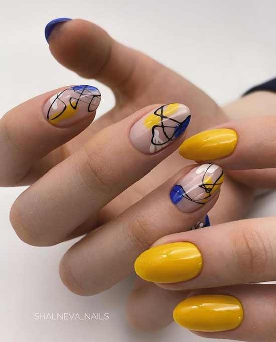Рисунки на нескольких ногтях