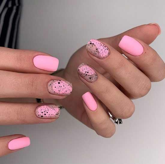 Розовый с рисунками
