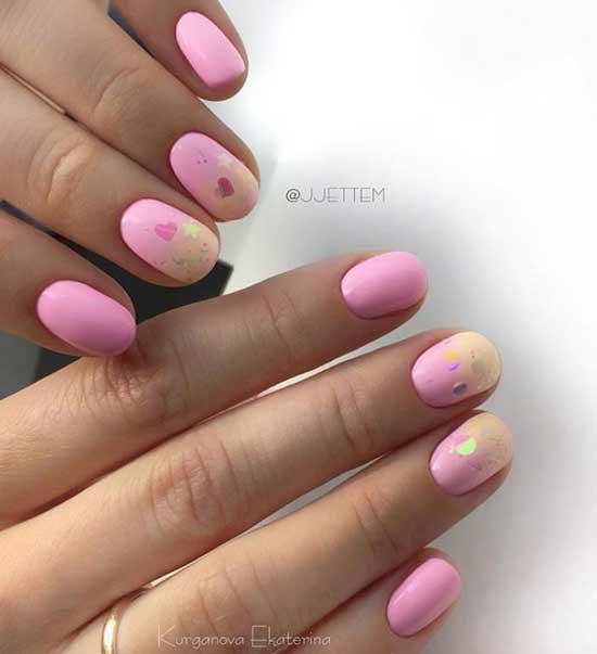 Розовый с сердечками