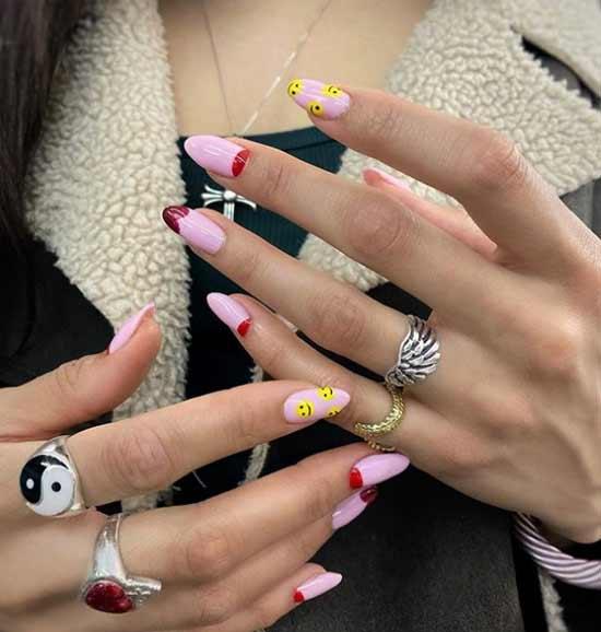 Модны маникюр на острые ногти