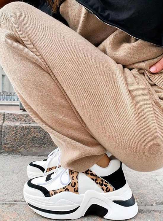 Кроссовки с животным принтом