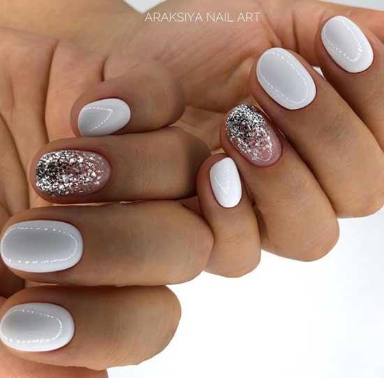 Белый с серебром на овальные форму ногтей