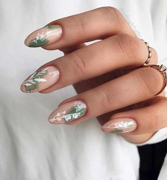 Дизайн наклейками на длинные ногти