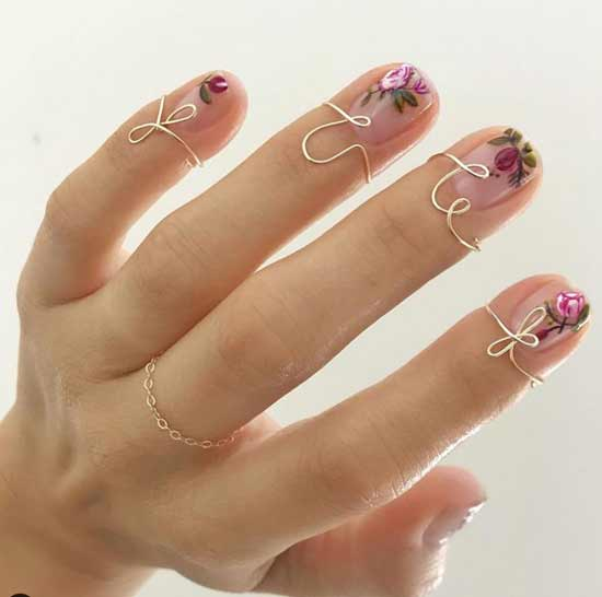 Модное направление рисунки на прозрачном фоне ногтей