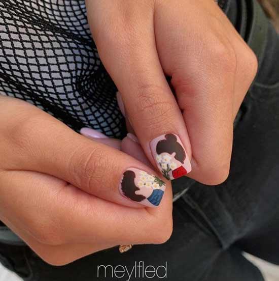 Короткие ногти с коричневым рисунком