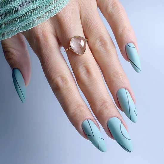 Нежно-голубой маникюр длинные ногти
