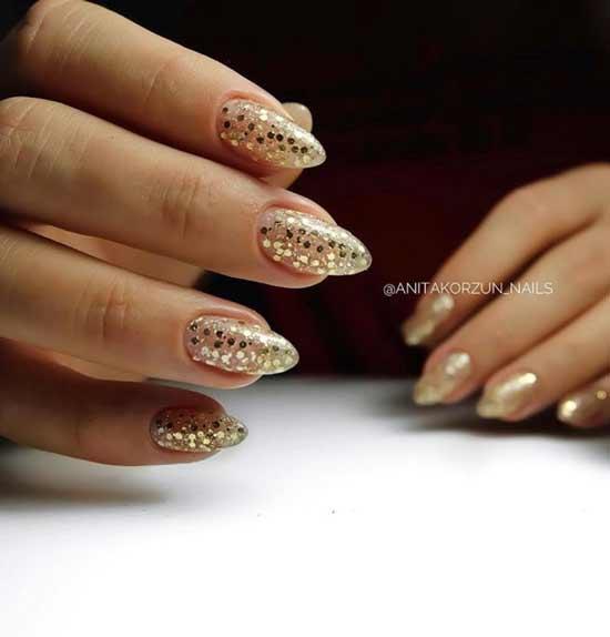 Праздничный дизайн длинных ногтей