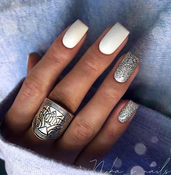Бело-серебристый маникюр длинные ногти форма квадрат
