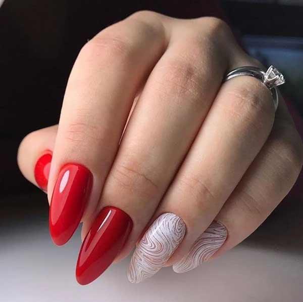 Красивый дизайн ногтей в красно-белой гамме