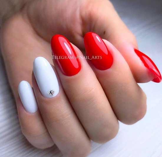 Красный с белым и стразами