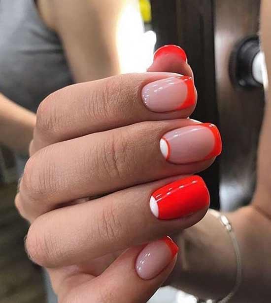 Красный френч с белыми лунками