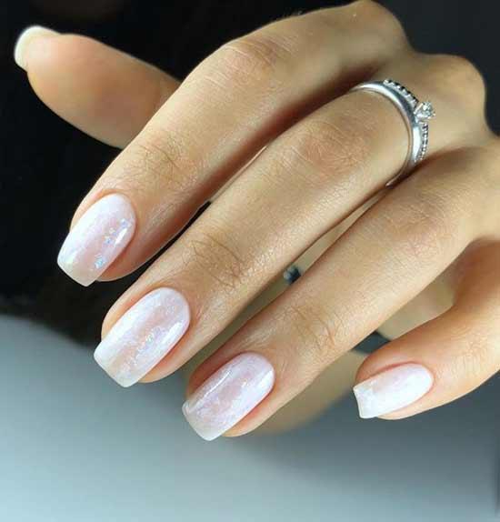 Нежный свадебный маникюр короткие ногти