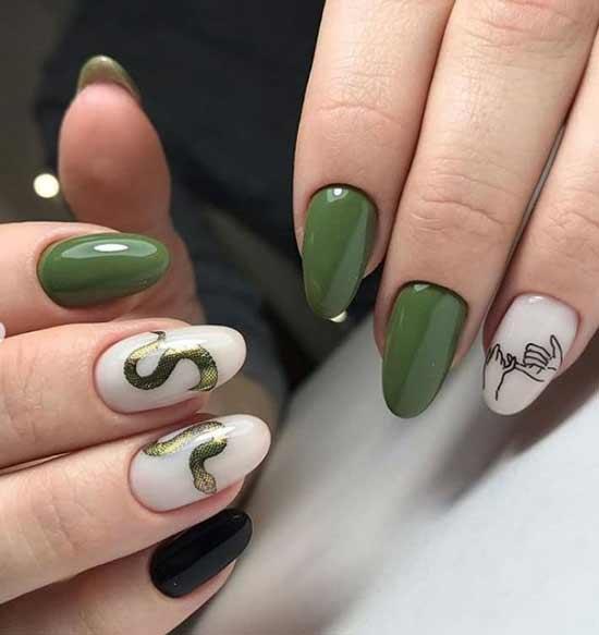 Зеленая змейка ногти