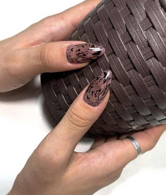 Принт рептилия длинные ногти