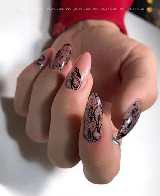 Длинные ногти стемпинг-змея