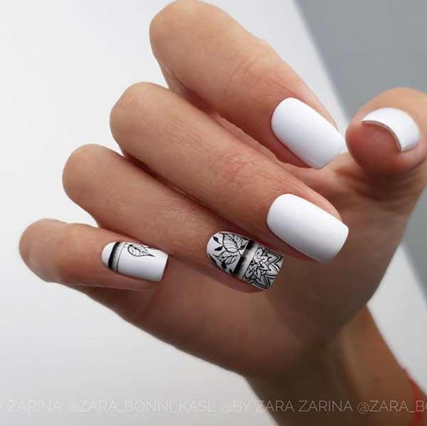 Дизайн ногтей с черными полосками