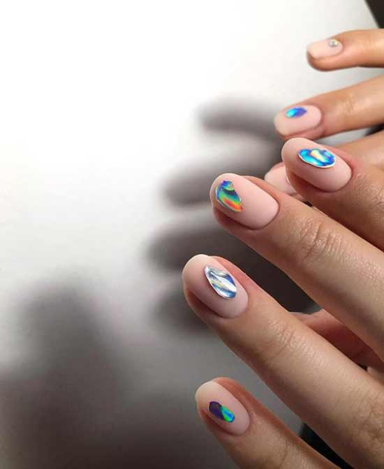 Короткие ногти дизайн фольгой