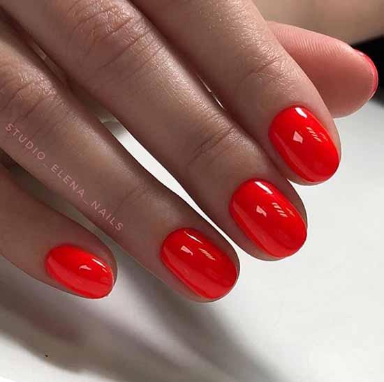 Красный маникюр на короткие ногти: новинки на фото, модные идеи