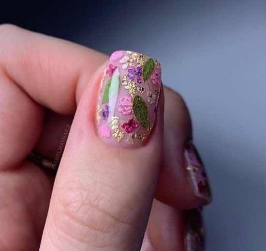 Прозрачный с цветочным дизайном квадратные ногти