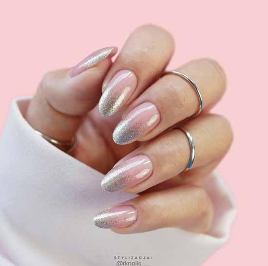 Розовый с серебряными блестками