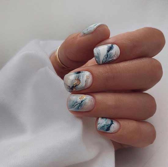 Прозрачный дизайн ногтей