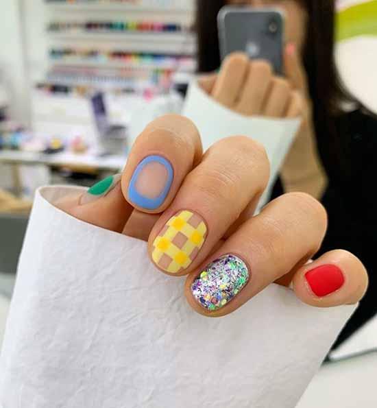 Оригинальные рисунки на ногтях