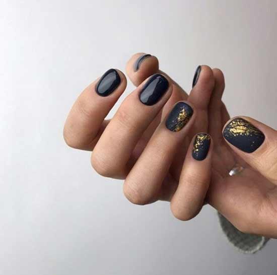 Дизайн черные ногти с фольгой