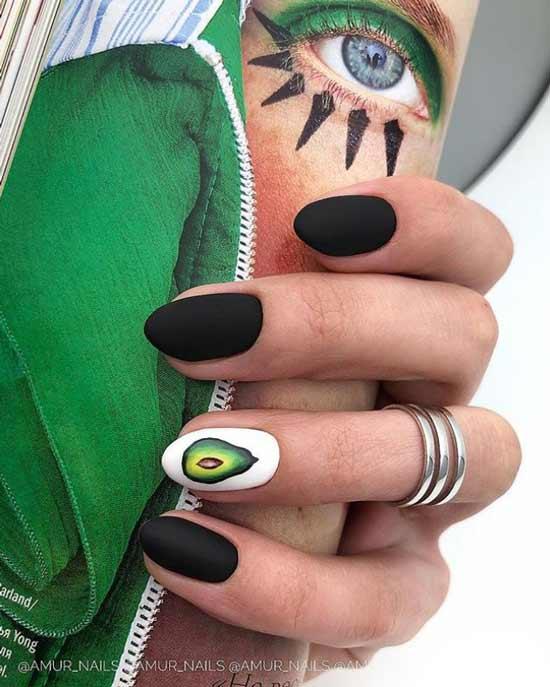 Дизайн ногтей черный с рисунком