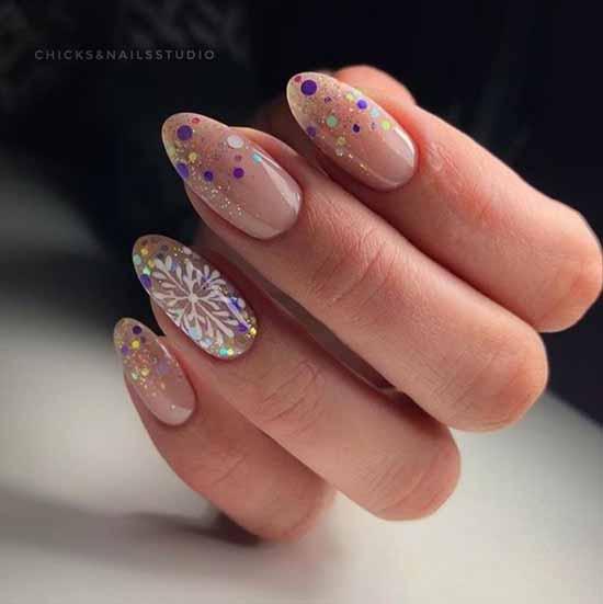 Новогодний с блестками по краю ногтей
