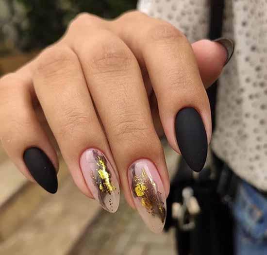 Стильный черный маникюр на длинные ногти