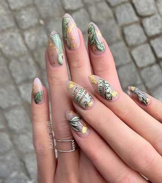 Фольга на прозрачном покрытии ногтей