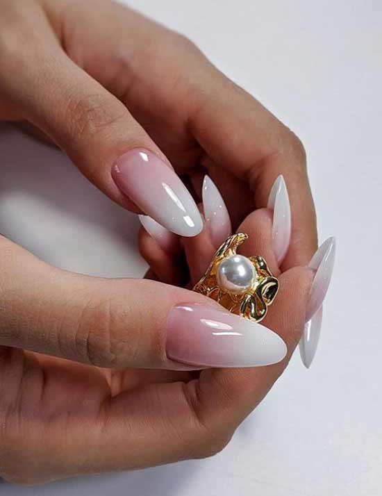 Омбре с белыми кончиками ногтей