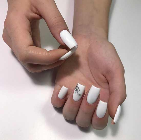 Белый маникюр дизайн минимализм
