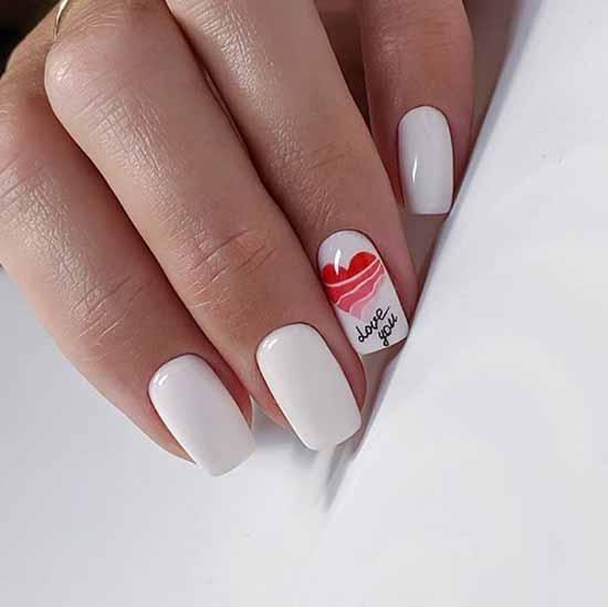 Белые ногти с дизайном: новинки, идеи маникюра на фото