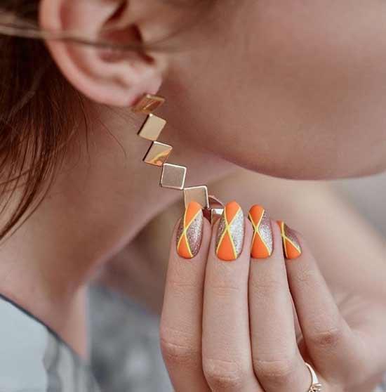 Оригинальный матовый дизайн ногтей с блестками
