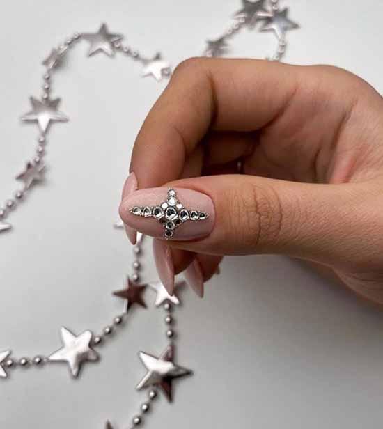 Праздничный маникюр: +100 фото новинок дизайна ногтей