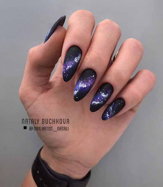Черные длинные ногти текстура с блестками