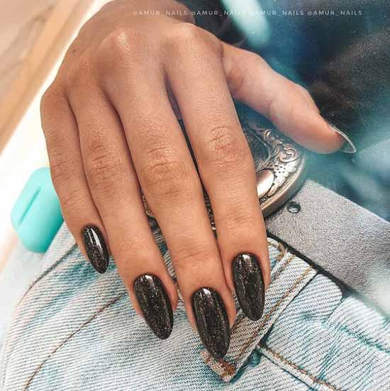 Длинные ногти с блестками тренды зима