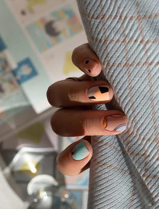 Стильный летний маникюр короткие ногти
