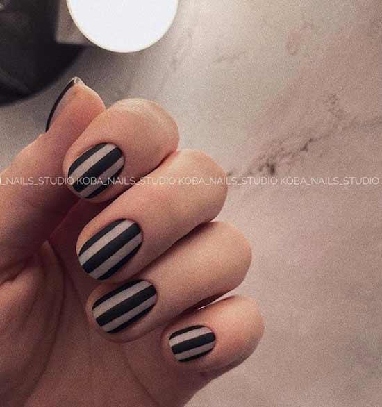 Стильная форма коротких ногтей
