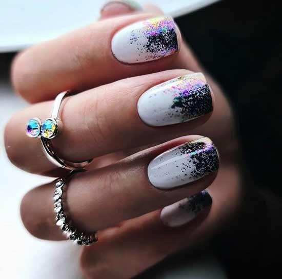 Градиент блестками на коротких ногтях