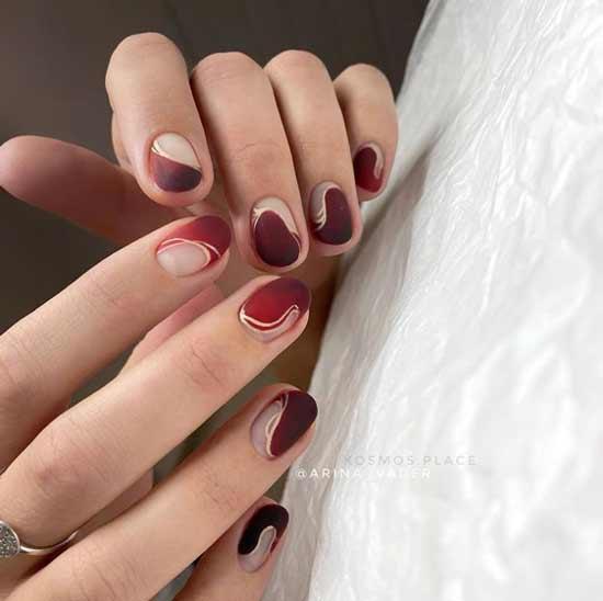 Красный маникюр короткие ногти